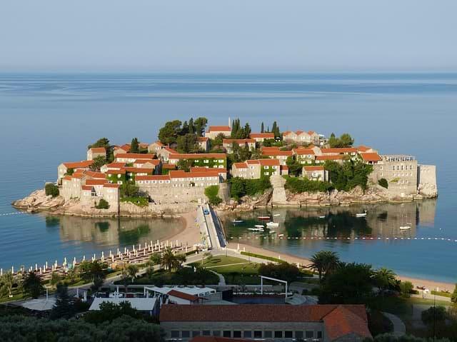cestovní pojištění do černé hory